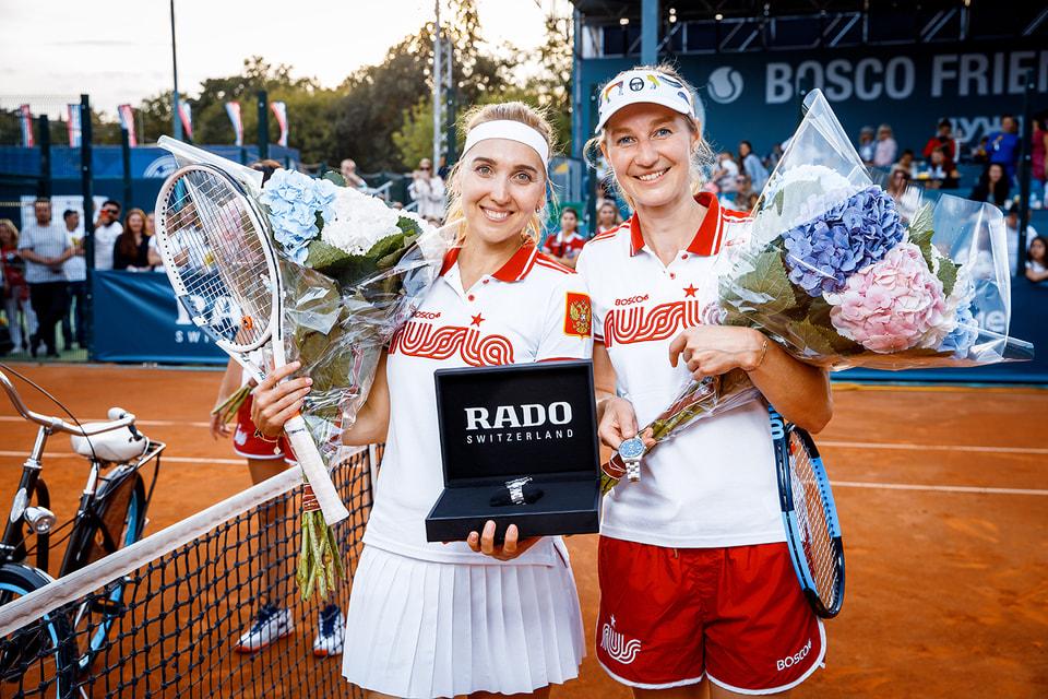 Теннисистки Елена Веснина и Екатерина Макарова стали победительницами в турнире Bosco Friends Open среди профессионалов