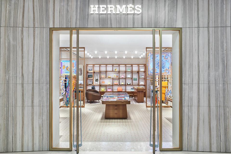 Дизайн интерьера третьего бутика Hermes в Москве создало парижское архитектурное бюро RDAI