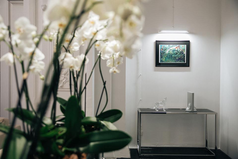 В экспозиции представлены работы самого философского периода творчества Марка Шагала