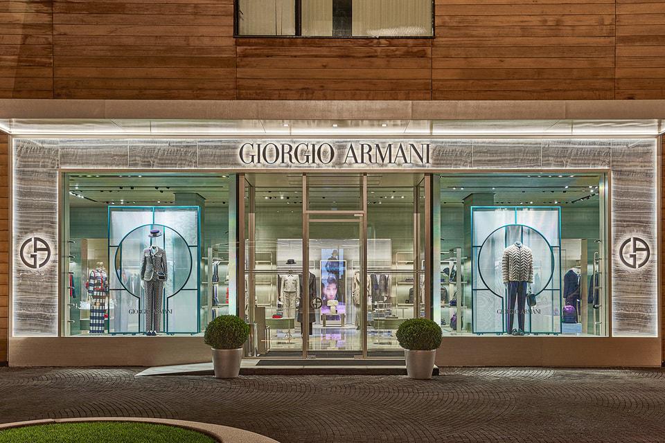Идея дизайна интерьера принадлежит лично Джорджо Армани