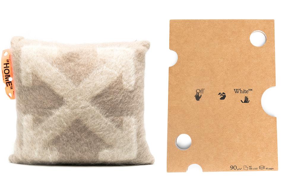 Подушка и коврик Off-White – модные акценты в интерьере