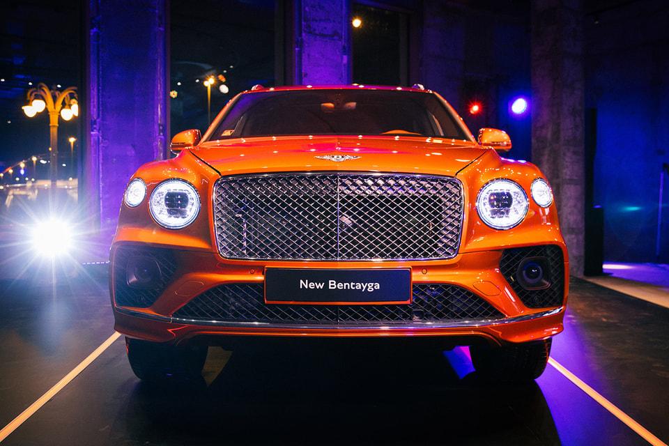 Bentayga –это роскошь машин представительского класса, вместительность семейного автомобиля и возможности внедорожника