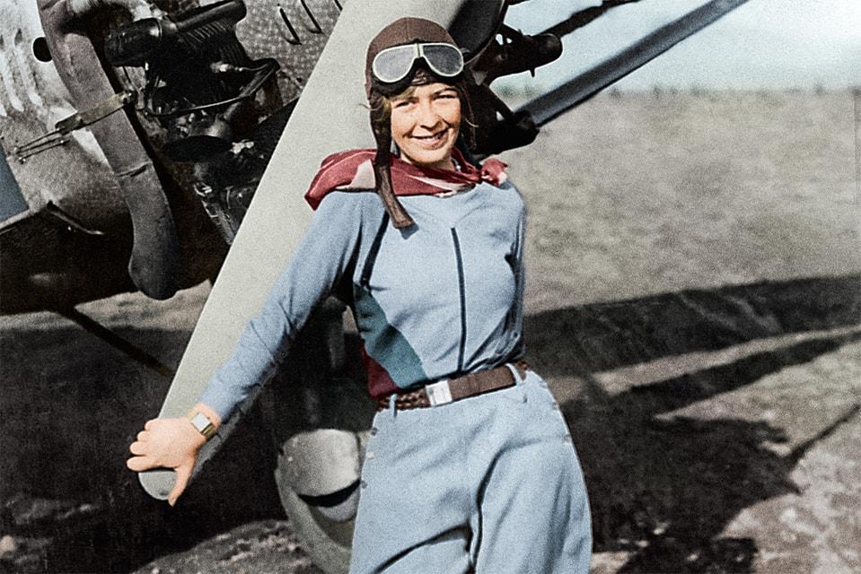 В своих рискованных полетах Элинор Смит, как и многие летчики 30-х годов, пользовалась показаниями хронометров Longines