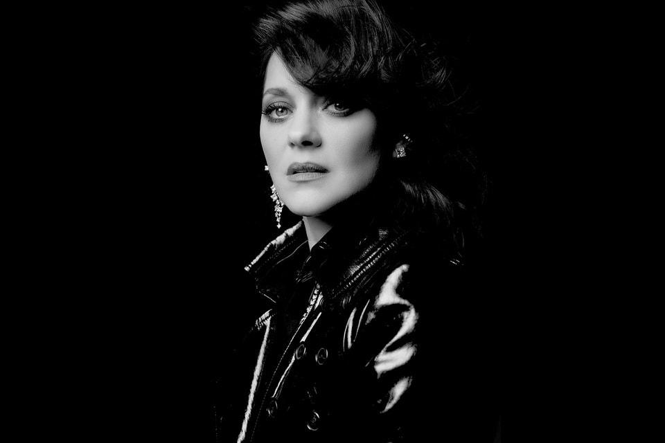 Актриса Марион Котийяр не в первый раз становится соавтором ювелирных коллекций Дома Chopard