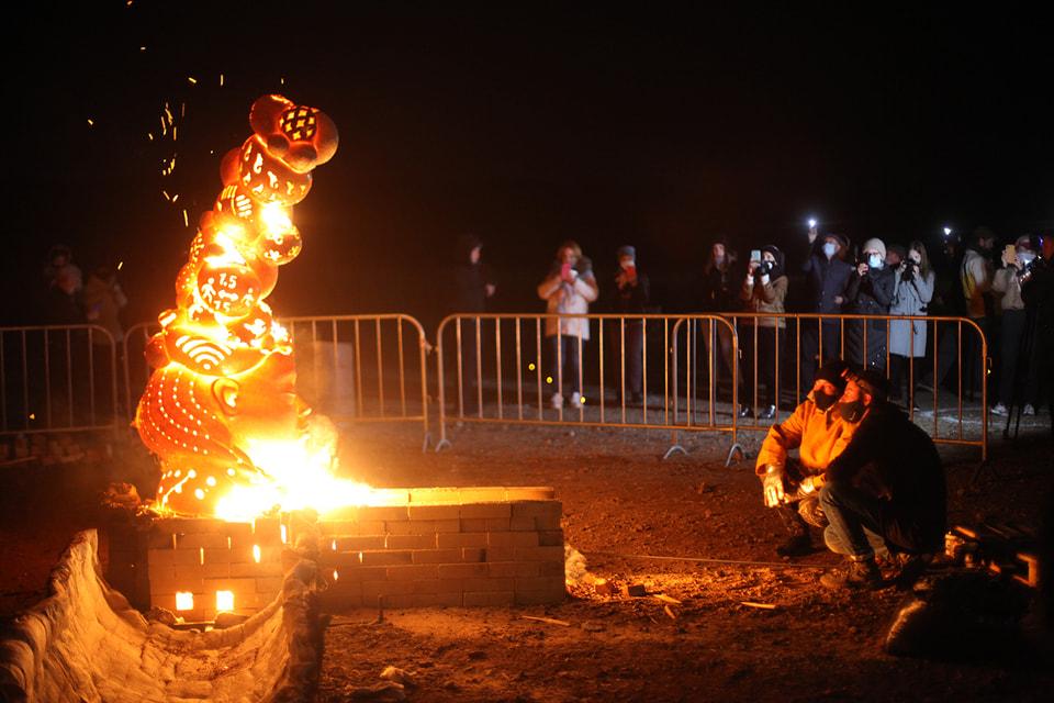 Огненная скульптура. Екатерина Алимова, Артем Максимов, Анна Духанова