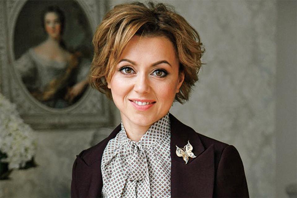 Ранее Тимофеева являлась директором по стратегии и связям с инвесторами УК «Роснано». Но решила сменить профиль работы