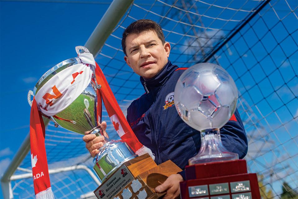 Создатель ФК «Воркута» Игорь Демичев и награды, полученные его клубом