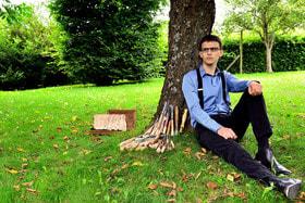 Бельгийский резчик по дереву Жюльен Феллер