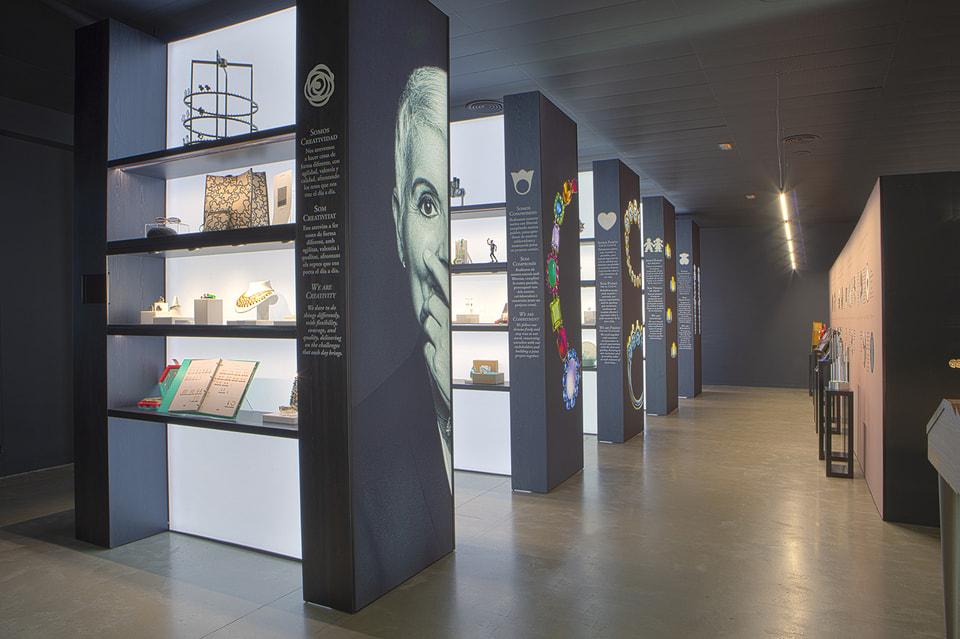 Платформа Tous Heritage – это цифровая версия архивов и музея ювелирной марки Tous