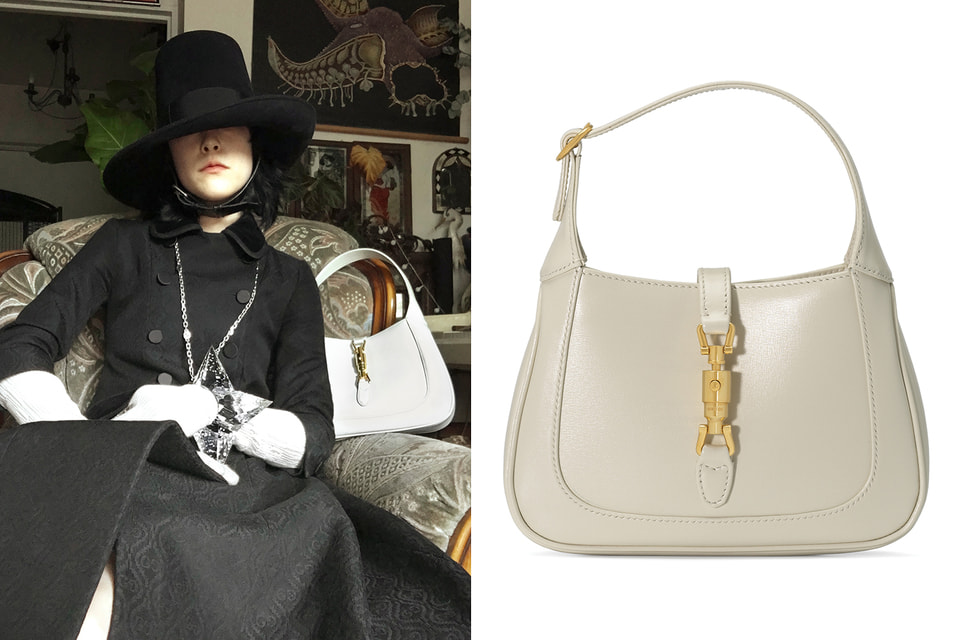 Креативный директор Gucci Алессандро Микеле гармонично вписал сумку Jackie 1961 в самые разные образы коллекции – эклектичные и экстравагантные