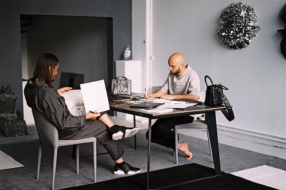 Группа Recycle – художники Георгий Кузнецов и Андрей Блохин – работали над проектом Dior Lady Art в течение года и вот в конце 2020-го представили его результаты