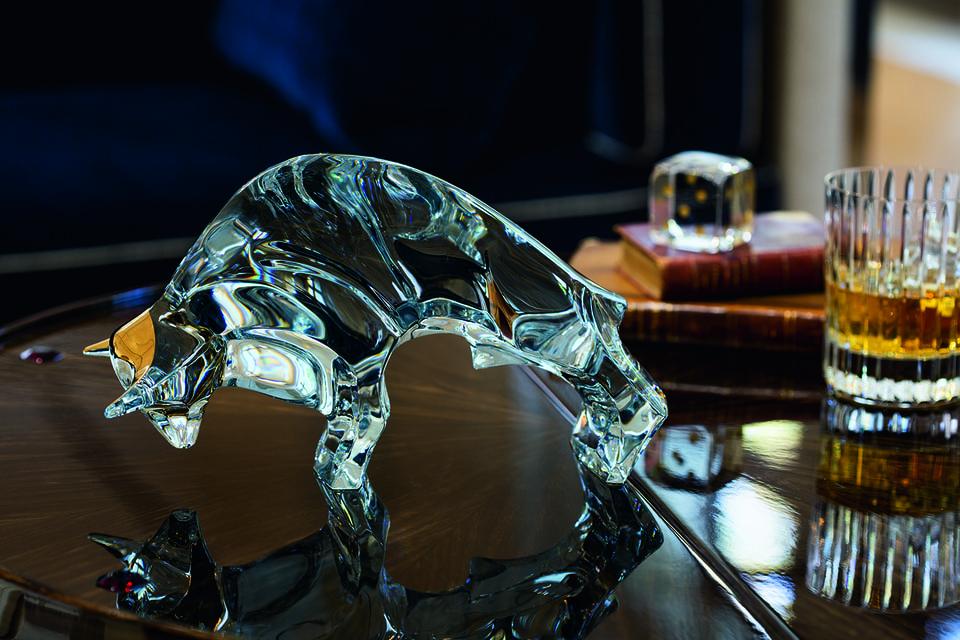 Скульптура «Бык», хрусталь, Baccarat, создана специально для России