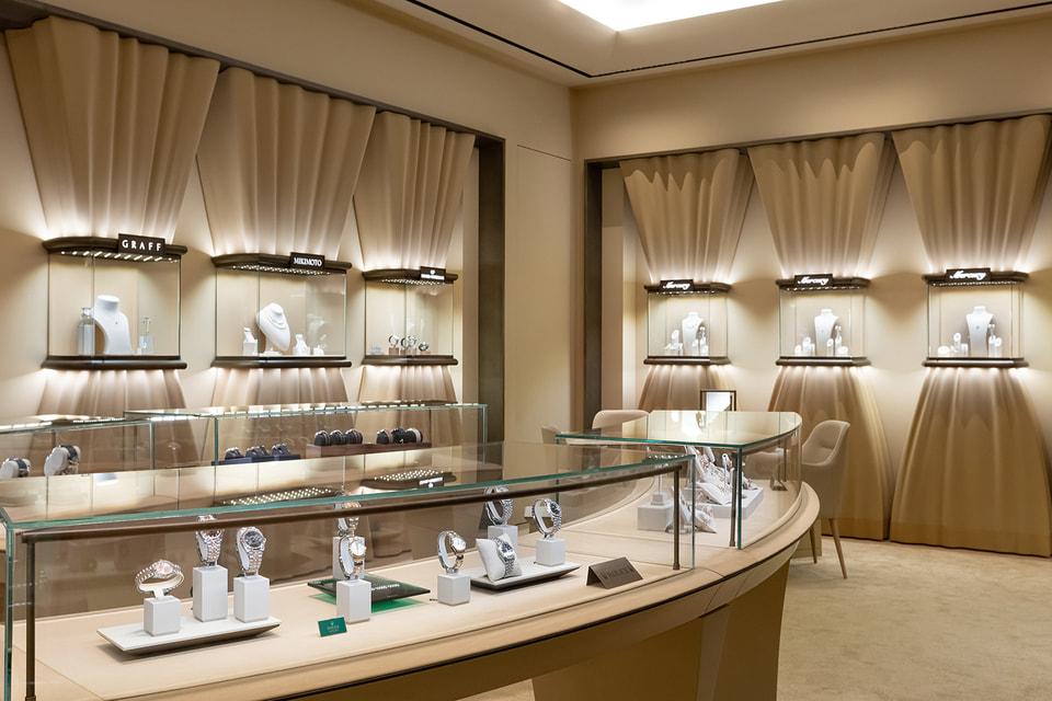 Мультибрендовый магазин Mercury расположен в пространстве гостиницы Hyatt Regency Sochi