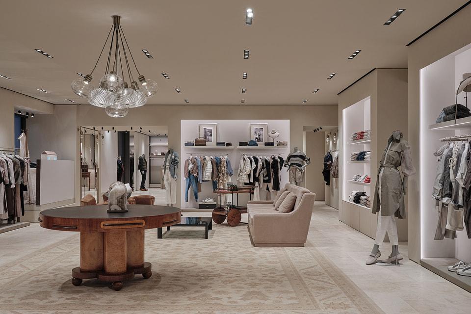 Дизайн нового бутика выполнен в классическом итальянском стиле и органично сочетается с элементами русской культуры