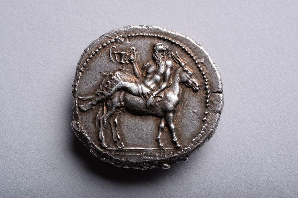Серебряная монета тетрадрахма. Македония. 460-423 до н. э. Галерея Art Ancient, Лондон