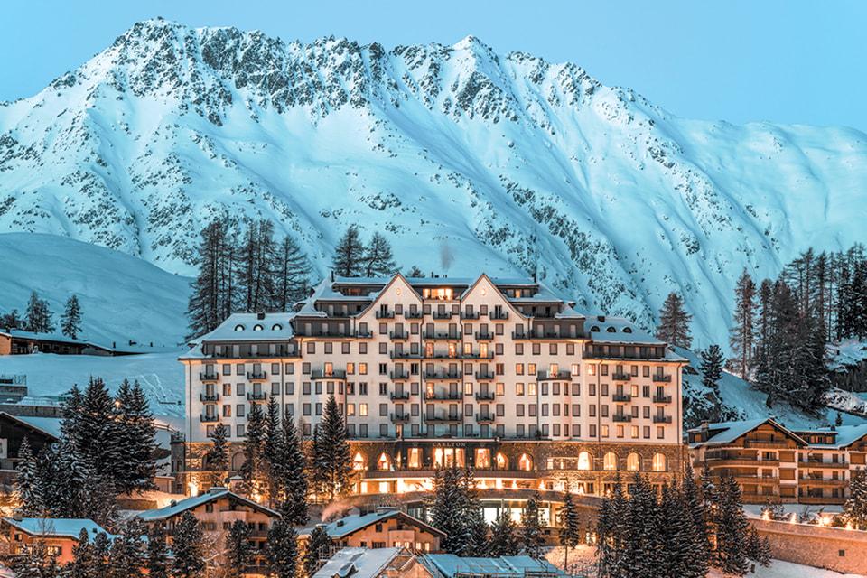 Фасад отеля Carlton Hotel St. Moritz
