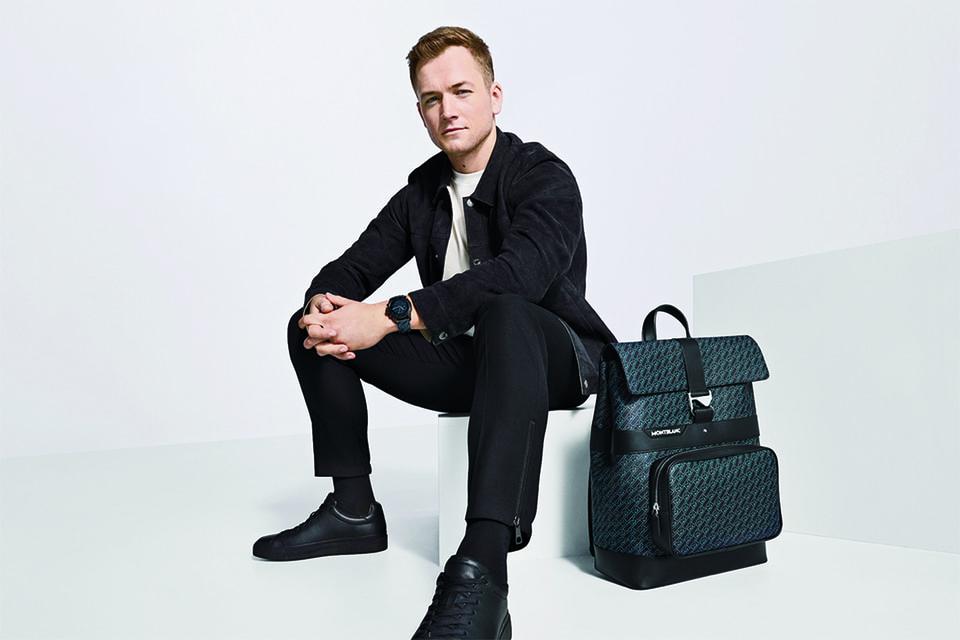 Посол бренда актер Тэрон Эджертон с рюкзаком Montblanc из коллекции M_Gram 4810