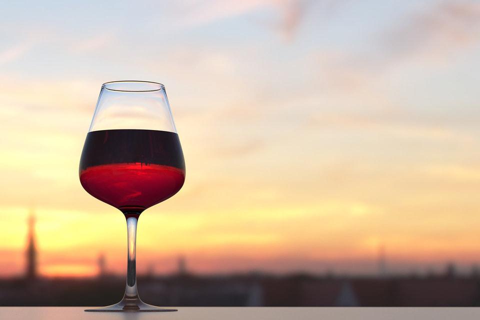 Британская журналистка и винный критик Дженсис Робинсон как-то обмолвилась, что для женщин выбор вина никак не связан со статусом