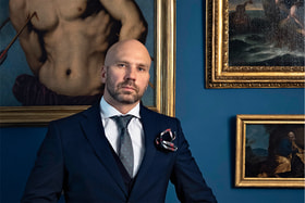 Владислав Максимович, историк искусства, владелец антикварного салона Villa Nuova