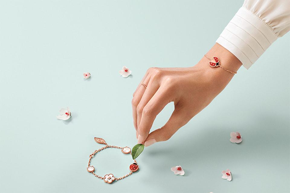 Новая коллекция Lucky Spring – это образец сентиментальных, символических украшений