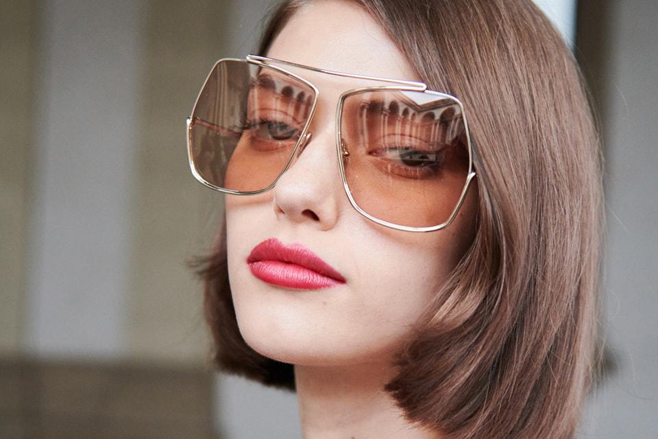 В продаже очки появятся в апреле этого года