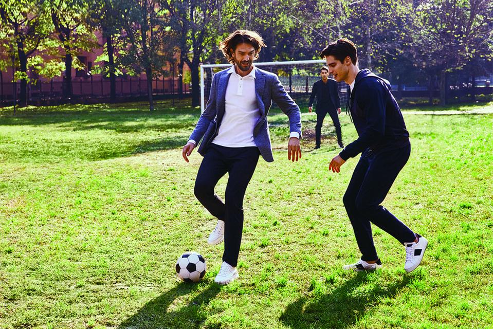 Костюмы итальянского бренда настолько практичны и удобны, что в них даже можно заниматься спортом