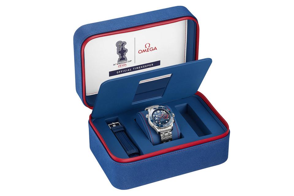 Часы представлены в специальном подарочном футляре, выполненном в цветах America's Cup Prada 2021