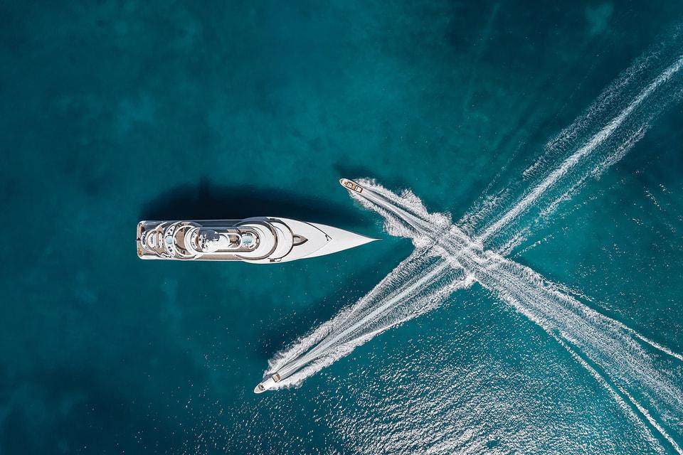 Cуперъяхта Excellence от  Abeking & Rasmussen