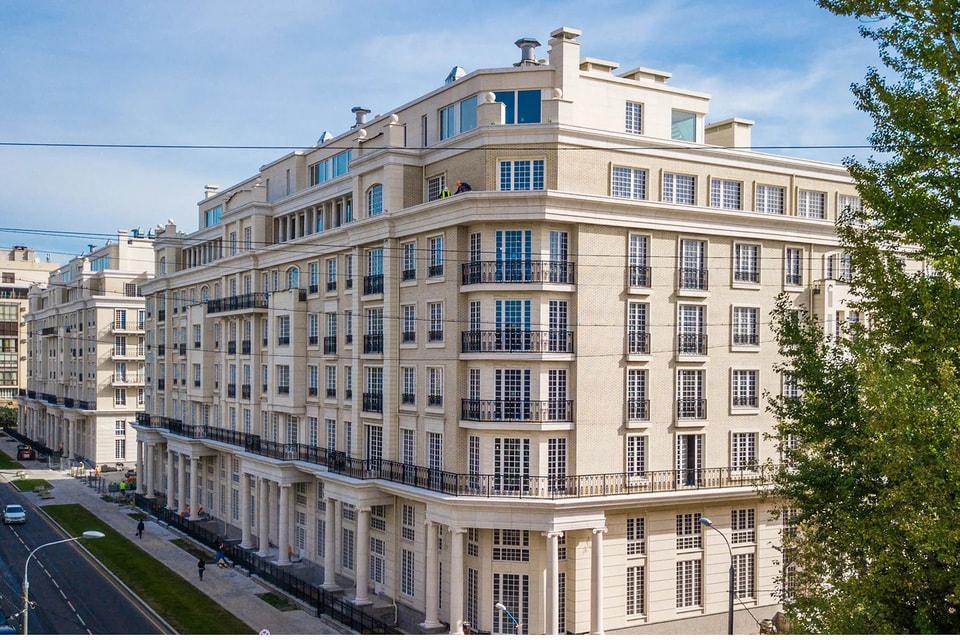 Средняя стоимость проданной элитной квартиры в Москве за год увеличилась до $1,8 млн