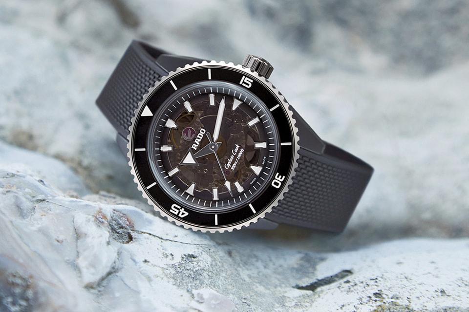 К одной из моделей часов предлагается «дайверский» ремешок из каучука