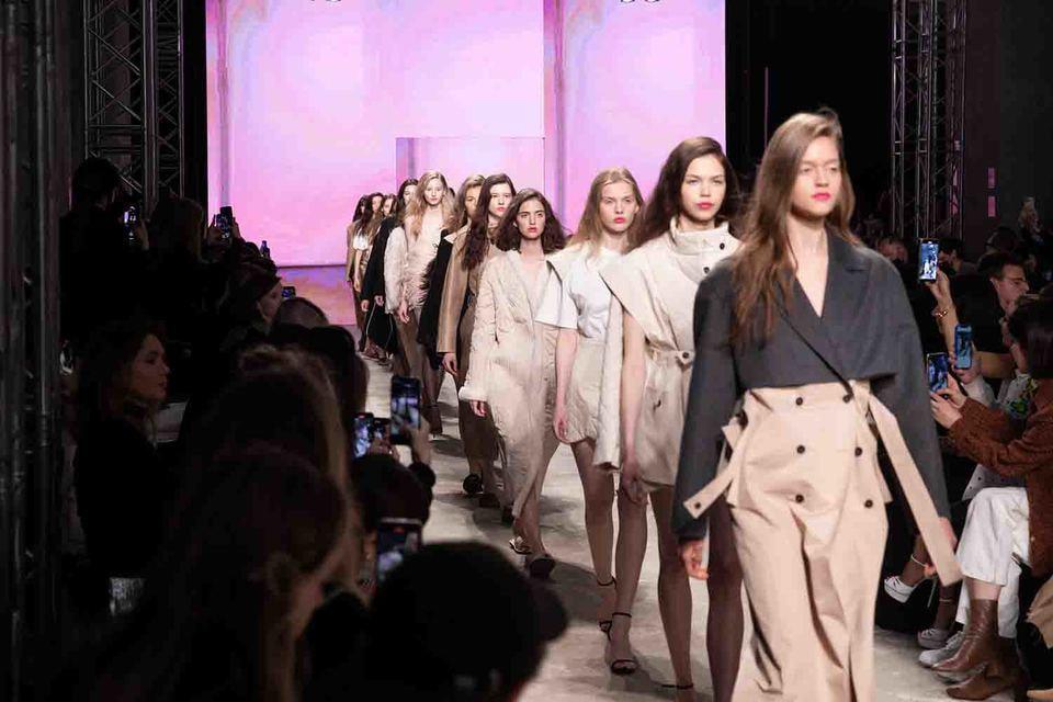 Неделя открылась показом коллекции осень-зима 2021/22 бренда Ruban