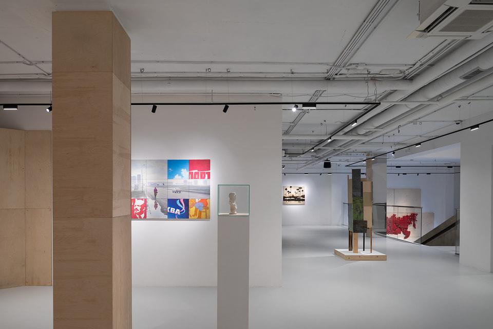 Новое пространство фонда открылось выставкой «Мягкая родина»