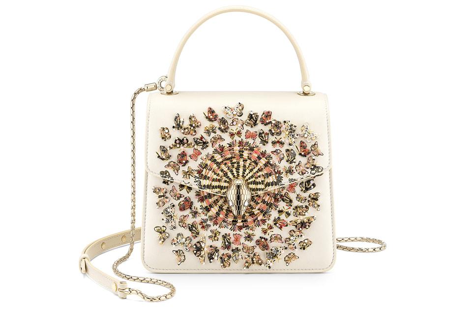 Единственный экземпляр сумки Mary Katrantzou X Bvlgari из капсульной коллекции этого дизайнера для Дома ушла с молотка за 33 000 евро