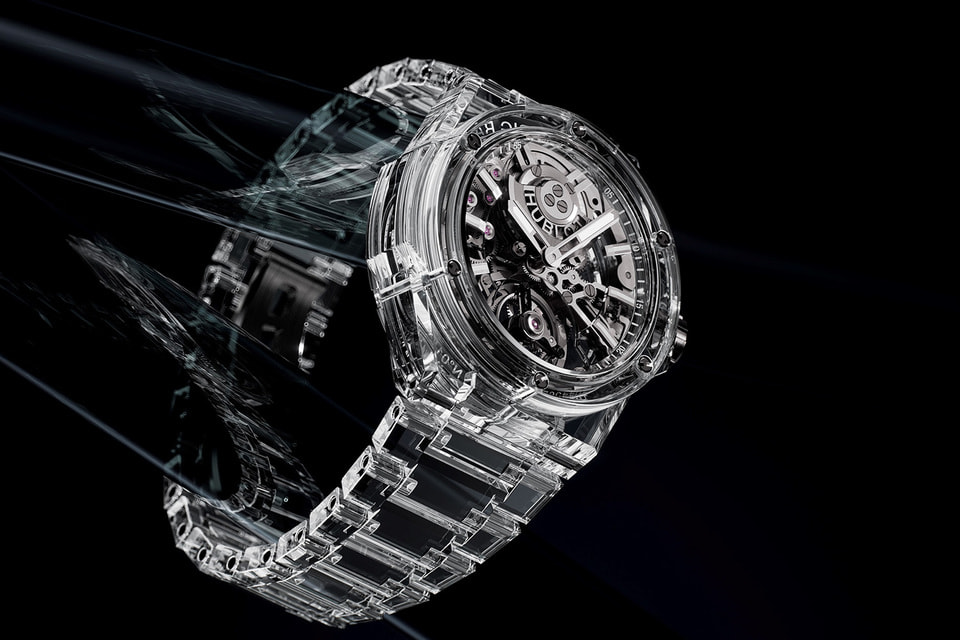 Первые в мире часы, полностью созданные из сапфирового стекла Big Bang Tourbillon Full Sapphire