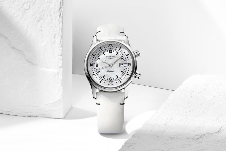 Самые спортивные часы в белой коллекции Longines Legend Diver «экипированы» перламутровым циферблатом и белым безелем