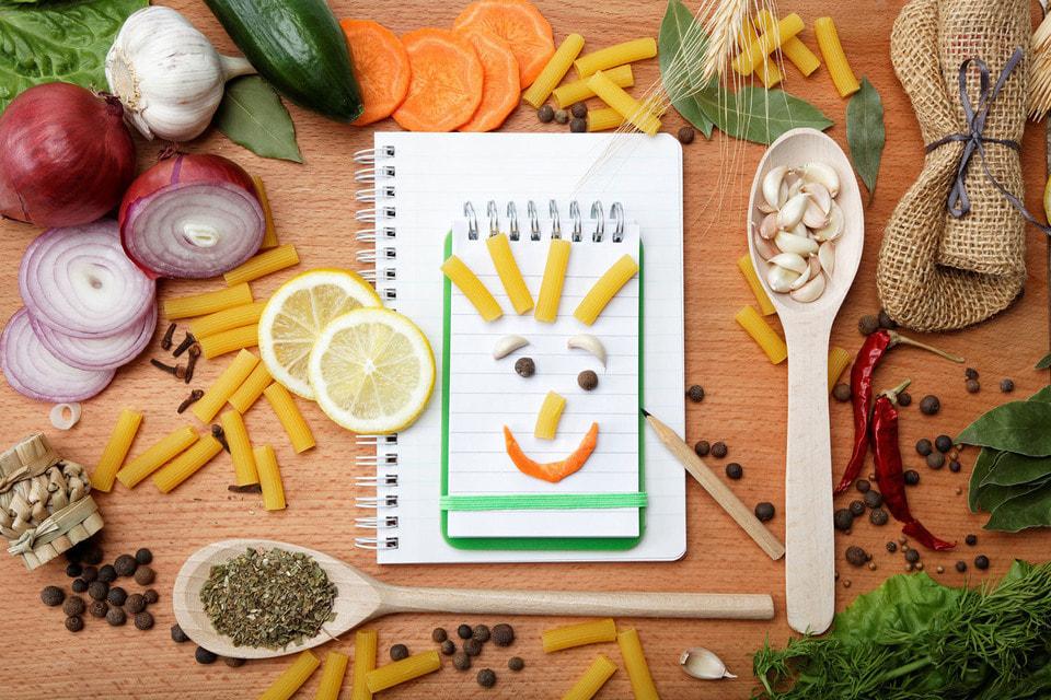 Российские школьники собрали рецепты любимых блюд литературных персонажей и исторических личностей