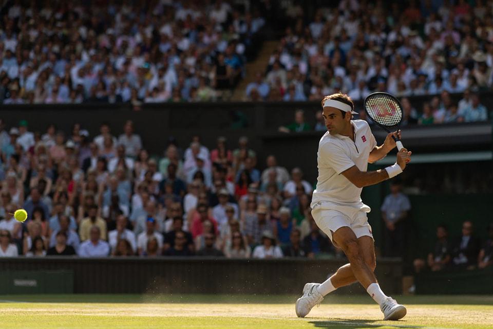 Посол Rolex швейцарский теннисист Роджер Федерер первым одержал рекордные 20 побед в одиночном мужском разряде на турнирах Большого Шлема