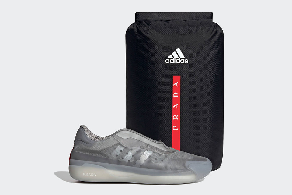 Модель серого цвета – интерпретация кроссовок, изначально созданных для парусного спорта