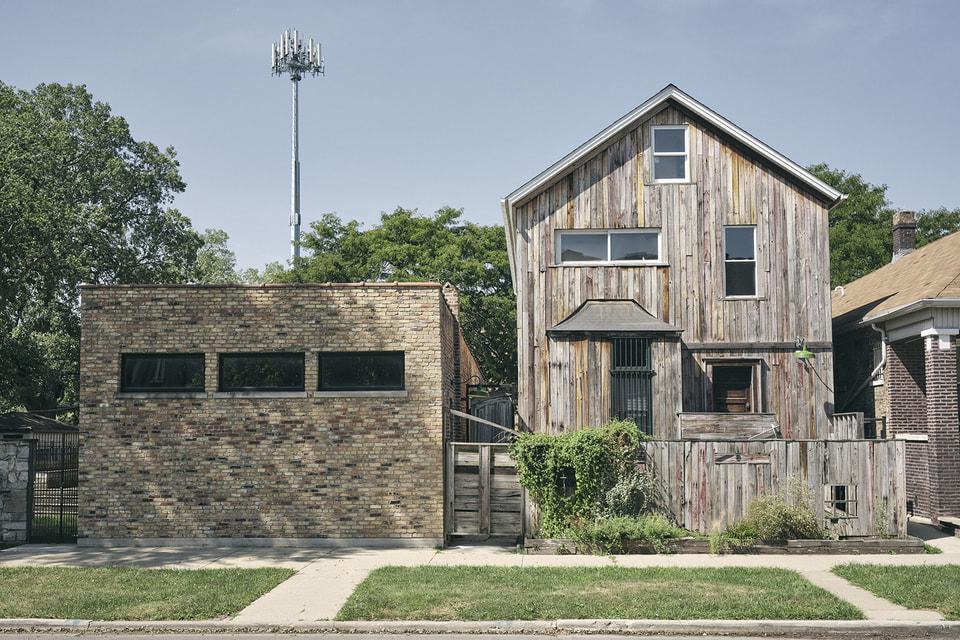 Dorchester Industries Experimental Design Lab – это по сути арт-кластер для начинающих художников