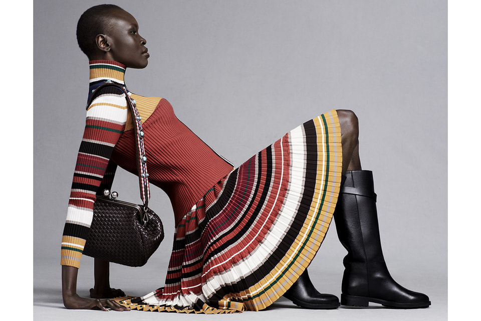 В своей коллекции Алек Уэк воплотила концепцию микса «культуры Африки и колорита Лондона с вкраплением стиля бохо»