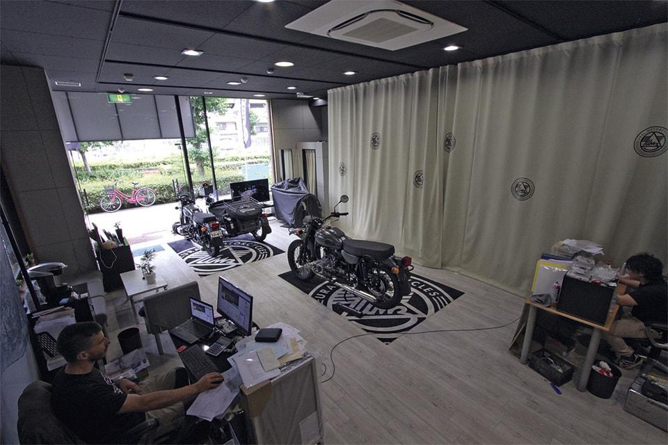 Шоурум бренда в Осаке