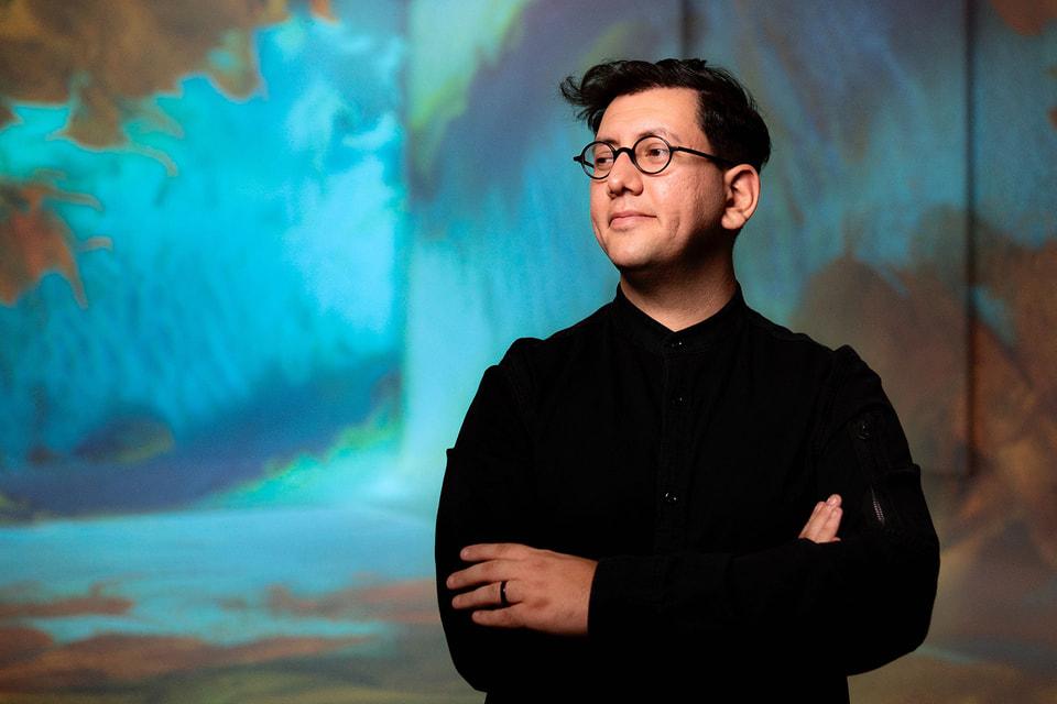 Турок Рефик Анадол один из пяти художников, который принял участие в проекте Bvlgari Metamorphosis в рамках Milan Design Week