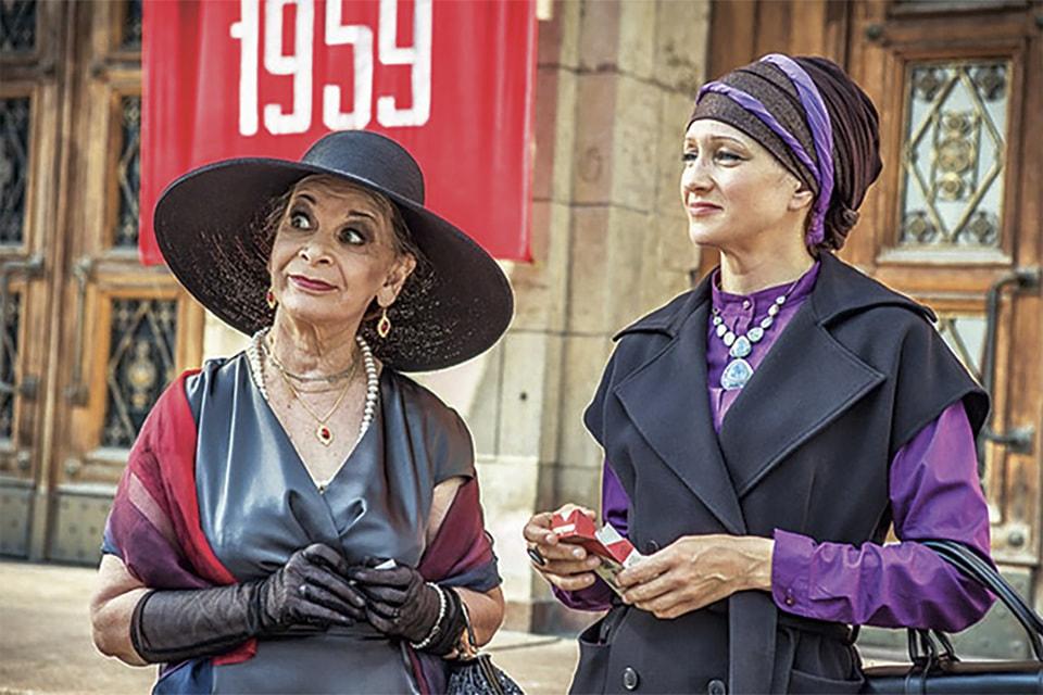Кадр из фильма «Красная королева». Актриса Елена Морозова (справа) в роли Веры Араловой