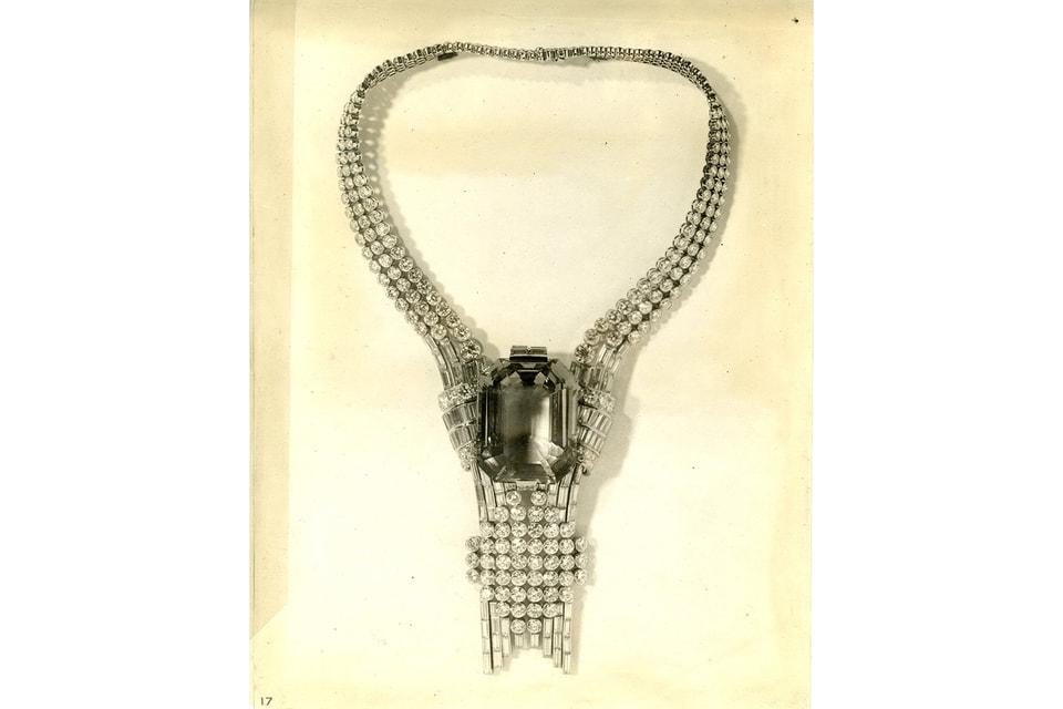 Колье, созданное для Всемирной выставки 1939 года в Нью-Йорке, сейчас хранится в музейных архивах Tiffany & Co.