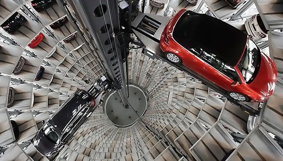 «Porsche Design Tower»
