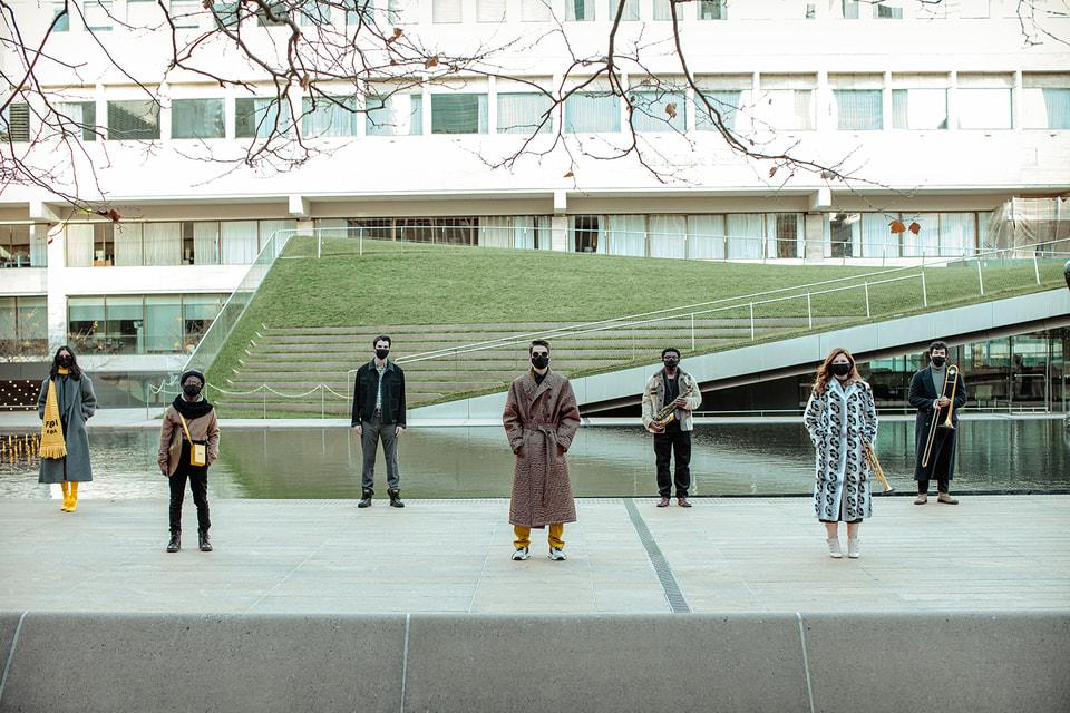 Шесть студентов джазового отделения нью-йоркской школы Джулиард стали участниками перформанса Fendi Renaissance – Anima Mundi