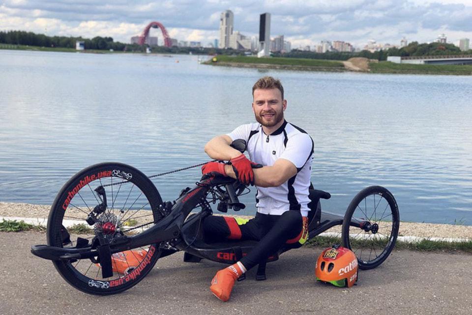 Спортстмен-паралимпиец, чемпион России по велоспорту и триатлону Ярослав Святославский