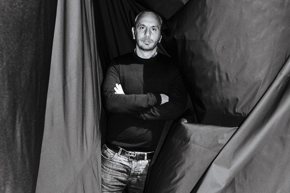 Итальянский дизайнер, основатель и креативный директор марки N° 21 Алессандро Дель Аква