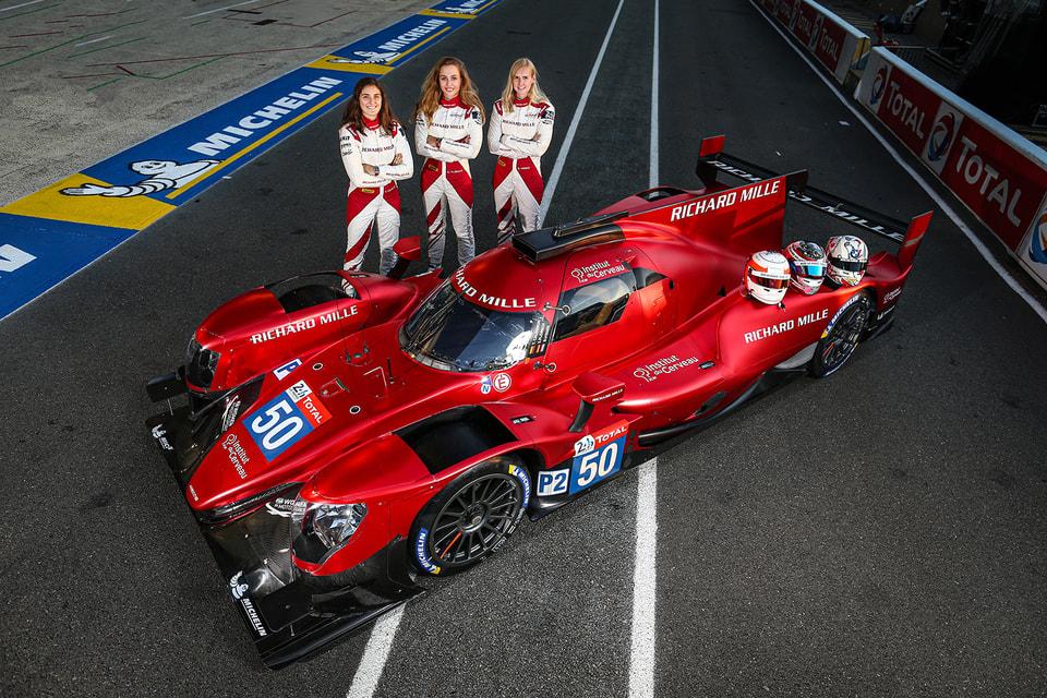 Поддерживаемая швейцарским часовым брендом Richard Mille команда женщин-пилотов впечатляюще проявила себя в 2020 году в одном из самых жестких мировых чемпионатов и в гонке «24 часа Ле-Мана»